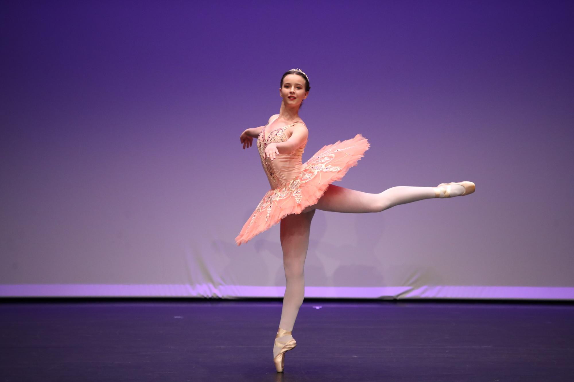 Hanna Rychlikowska-Aurora variation