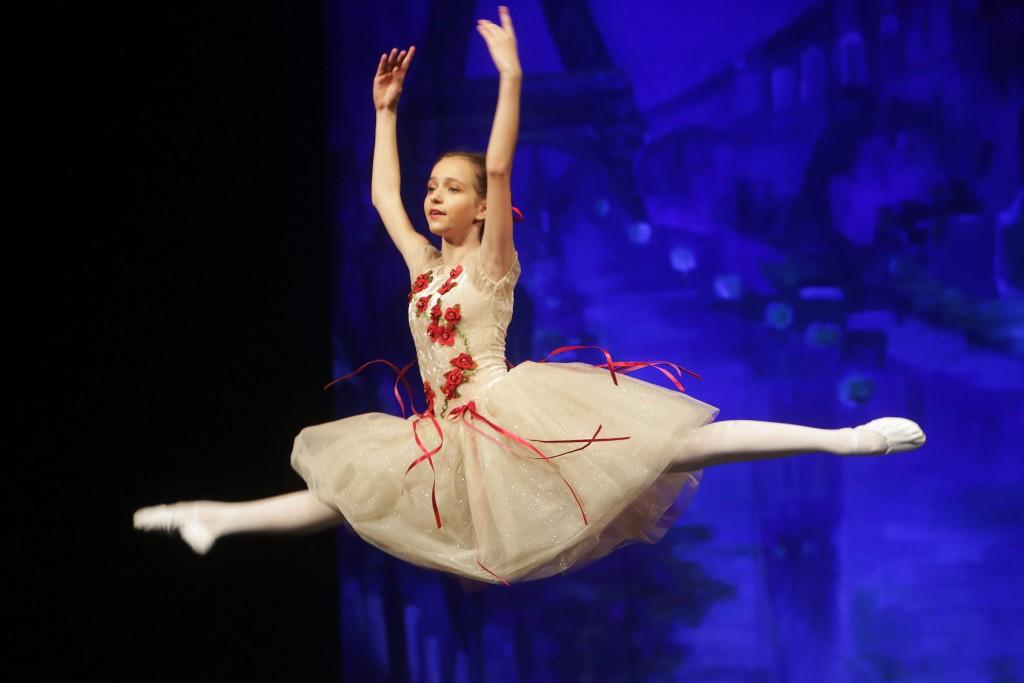 balet201806_025